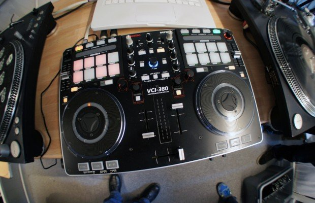 Vestax VCI-380 – a first brief play