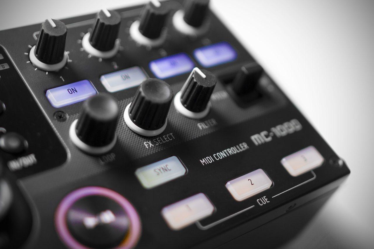 Zomo MC-1000 Controller Review 14