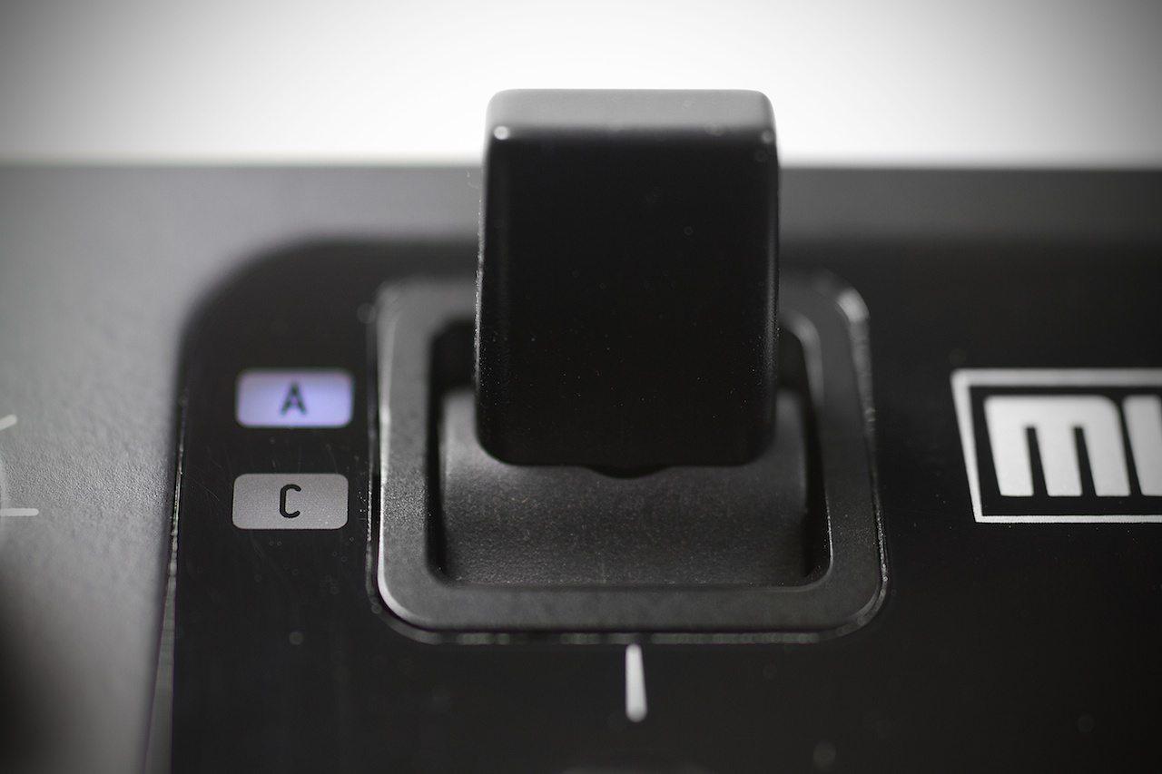 Zomo MC-1000 Controller Review 8