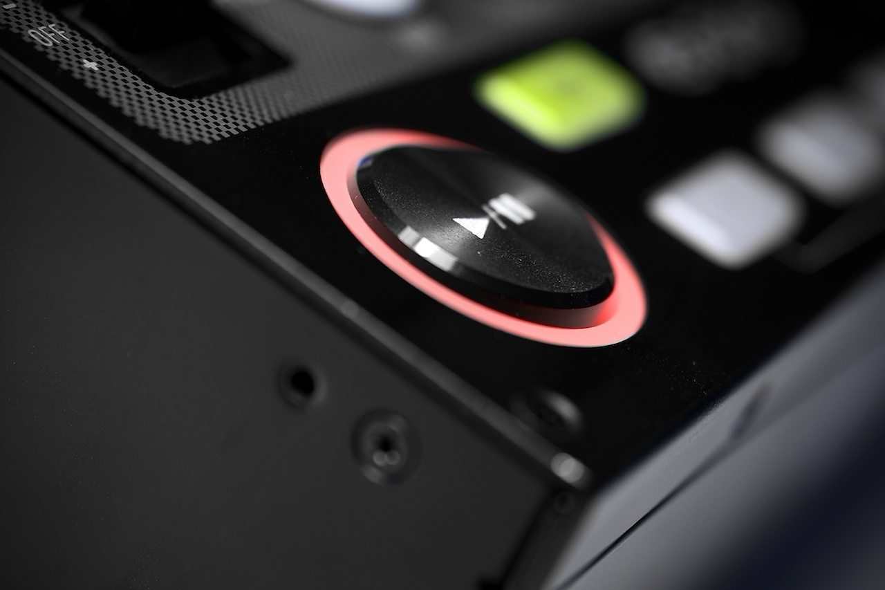 Zomo MC-1000 Controller Review 5