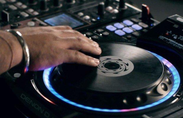 The Denon DJ SC2900 – finally real (Video)