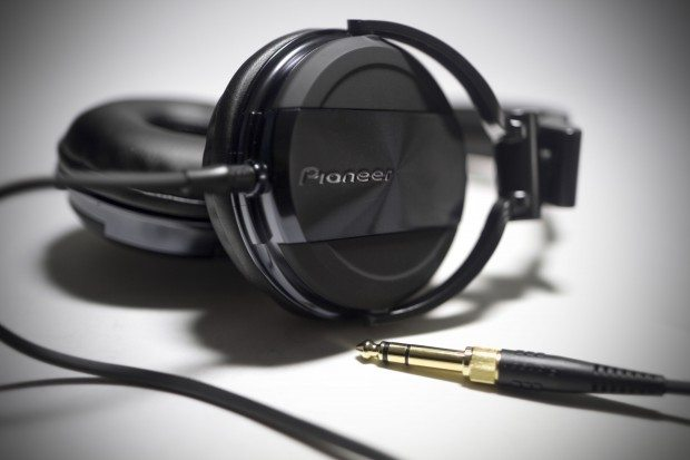 Pioneer HDJ-1500 DJ Headphones Review