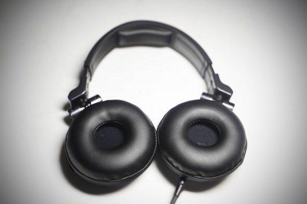 Pioneer HDJ-1500 DJ Headphones Review (10)
