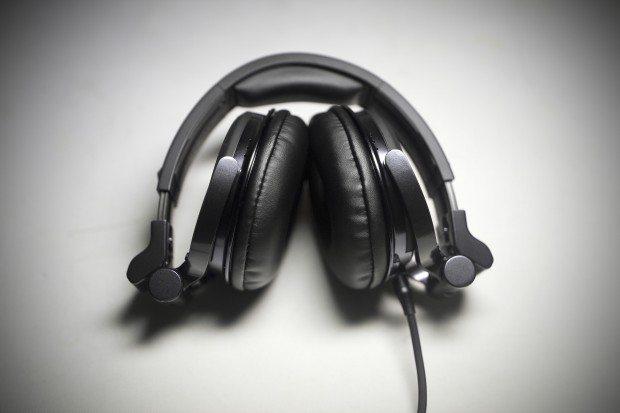 Pioneer HDJ-1500 DJ Headphones Review (9)