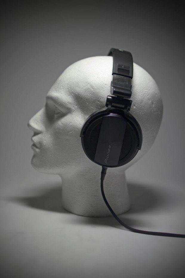 Pioneer HDJ-1500 DJ Headphones Review (13)
