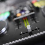 Vestax VCI-380 Serato ITCH DJ Controller review (23)