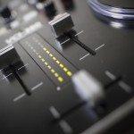 Vestax VCI-380 Serato ITCH DJ Controller review (15)