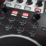Reloop Terminal 4 Mix DJ Controller Review (20)