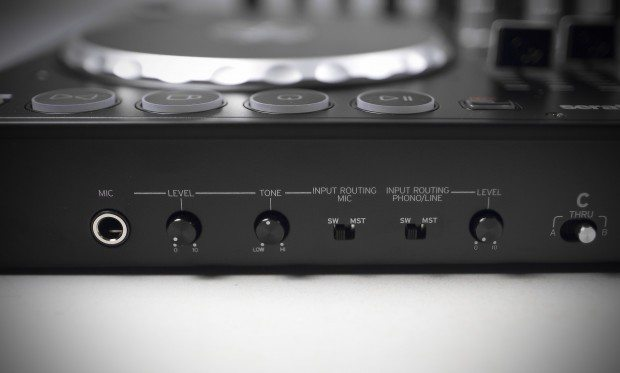 Reloop Terminal 4 Mix DJ Controller Review (16)