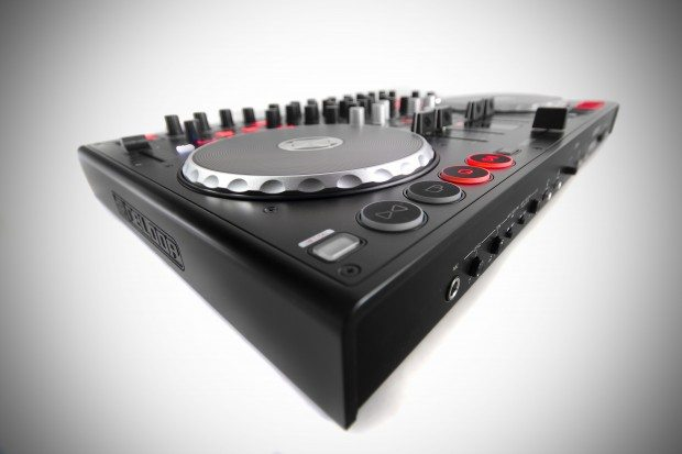 Reloop Terminal 4 Mix DJ Controller Review (10)
