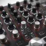 Reloop Terminal 4 Mix DJ Controller Review (9)