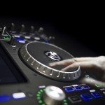 Numark IDJ Pro iOS iPad DJ Controller (21)