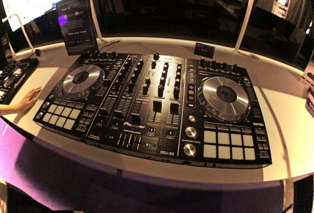 Pioneer ddj-sx BPM show 2012