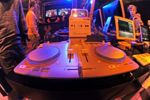 Vestax Spin 2 djay controller BPM Show 2012