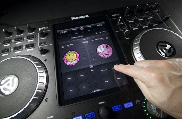 djay for iPad with samples v1.6.1