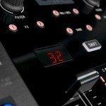 Native Instruments Kontrol Z2 mixer (11)