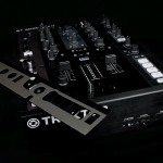 Native Instruments Kontrol Z2 mixer (23)