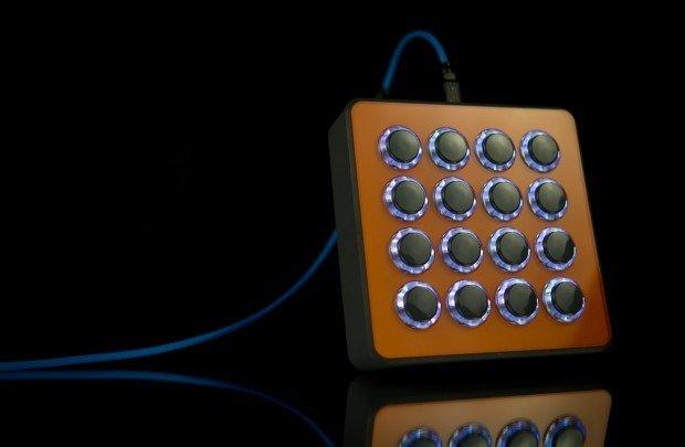 NAMM 2013: DJ TechTools Midi Fighter Spectra