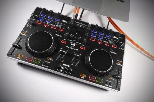 Denon DJ MC2000 Controller Serato DJ Intro (13)
