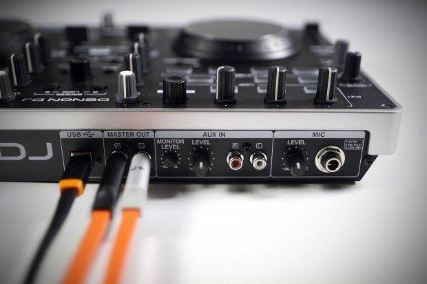 Denon DJ MC2000 Controller Serato DJ Intro (7)