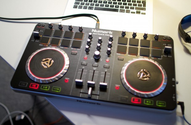 Numark mixtrack pro II preview Namm 2013 (3)
