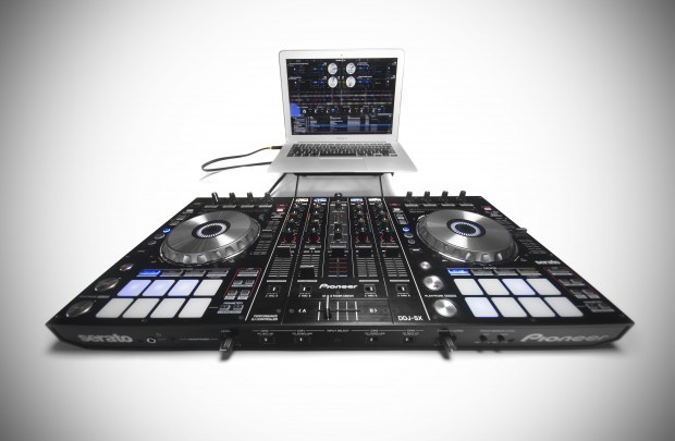 Pioneer DDJSX Serato DJ Controller Review DJWORX (12)