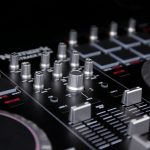 Numark Mixtrack pro II dj controller review (15)