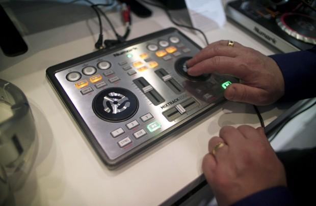 Musikmesse 2013: Numark Edge DJ controller hands-on