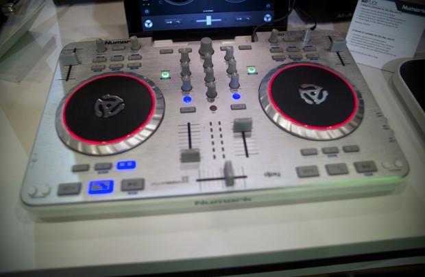 Musikmesse 2013: Numark iDJ Flex DJ Controller