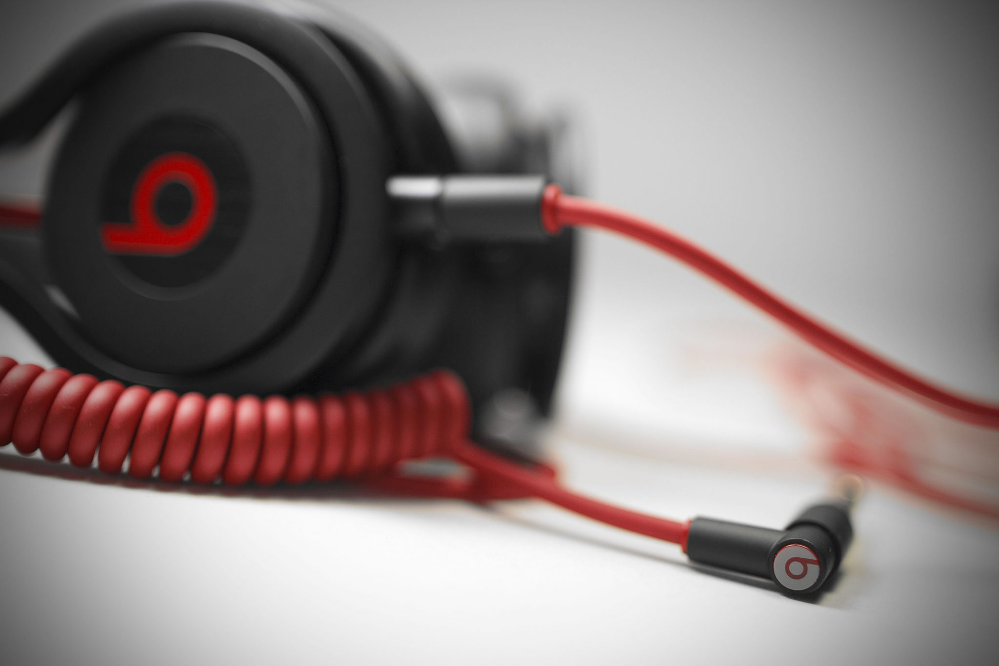 REVIEW: Beats By Dre Mixr DJ Headphones | DJWORX