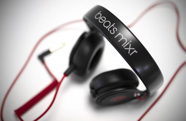 REVIEW: Beats By Dre Mixr DJ Headphones