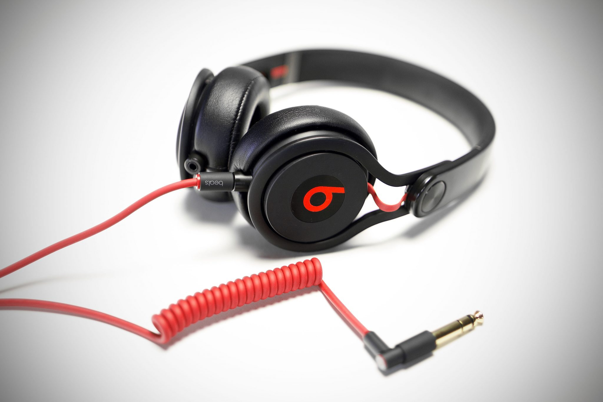 Review Beats By Dre Mixr Dj Headphones Djworx