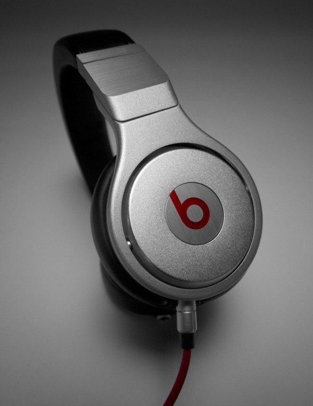 Beats By Dre Pro Headphones DJ Review (13)