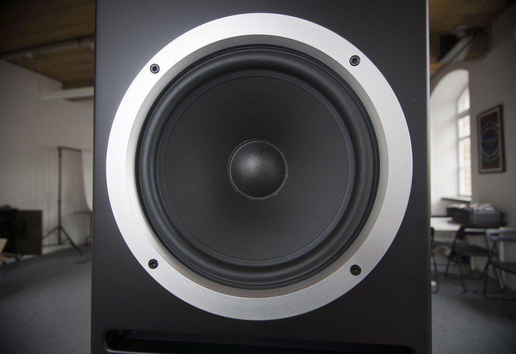 Reloop Wave 8 studio monitor review (6)