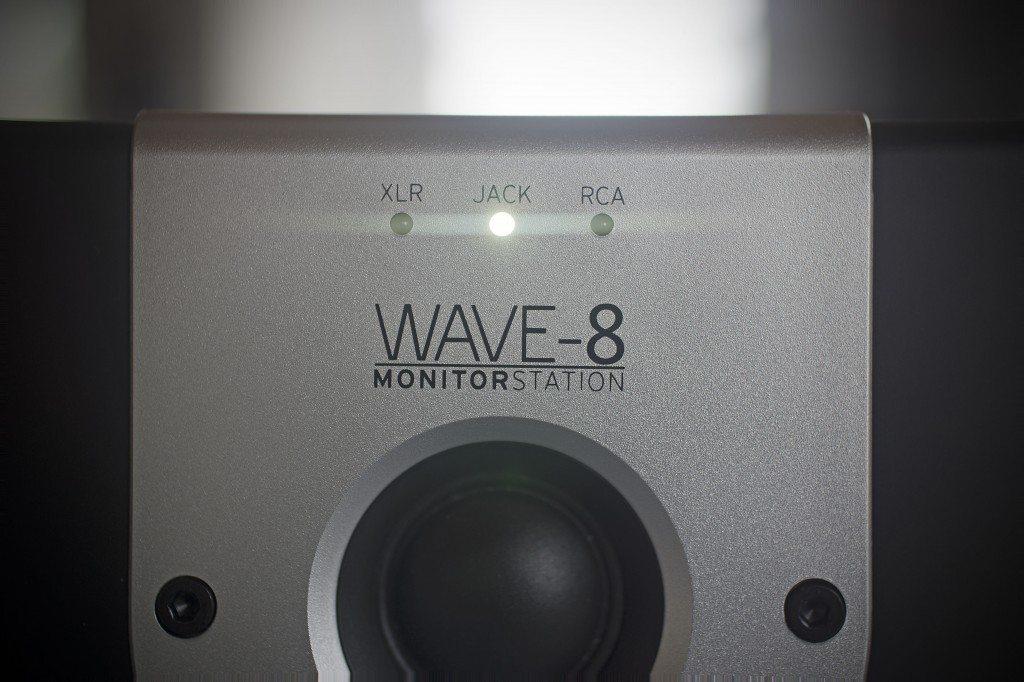 Reloop Wave 8 studio monitor review (10)