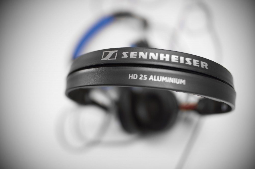 Sennheiser HD 25 Aluminium DJ headphones review (8)