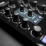 Native Instruments Traktor Kontrol Z1 DJ controller Review iOS iPad iPhone (15)