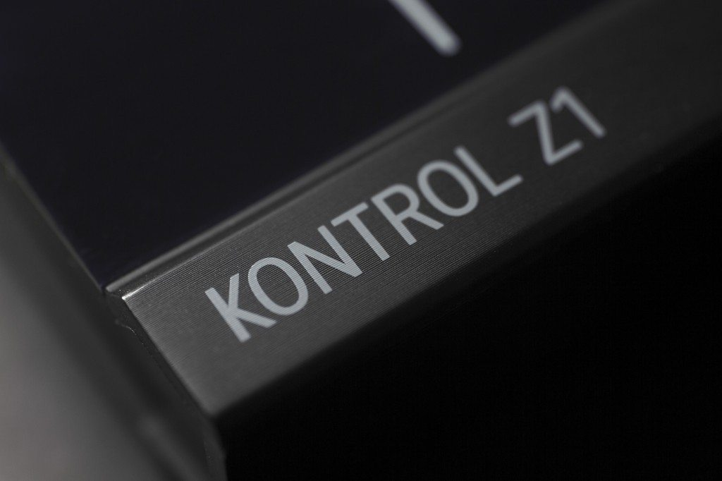 Native Instruments Traktor Kontrol Z1 DJ controller Review iOS iPad iPhone (18)