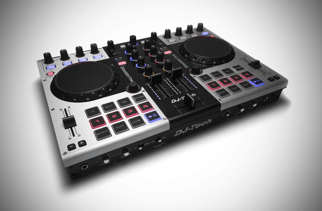 DJ Tech Dragon Two controller review (1)