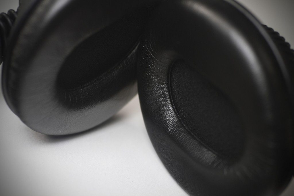 GermanMAESTRO GMP 8.35 D JFB DJ Headphones review (7)