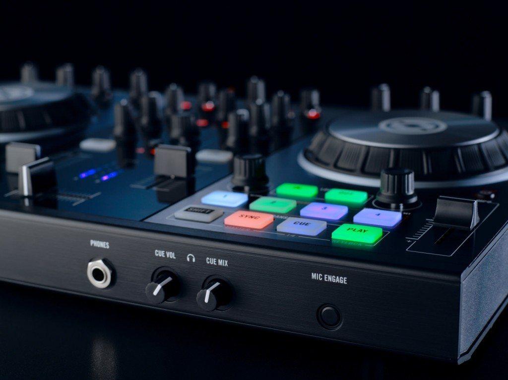 Traktor Kontrol S2 II and S4 II update DJ controller (12)