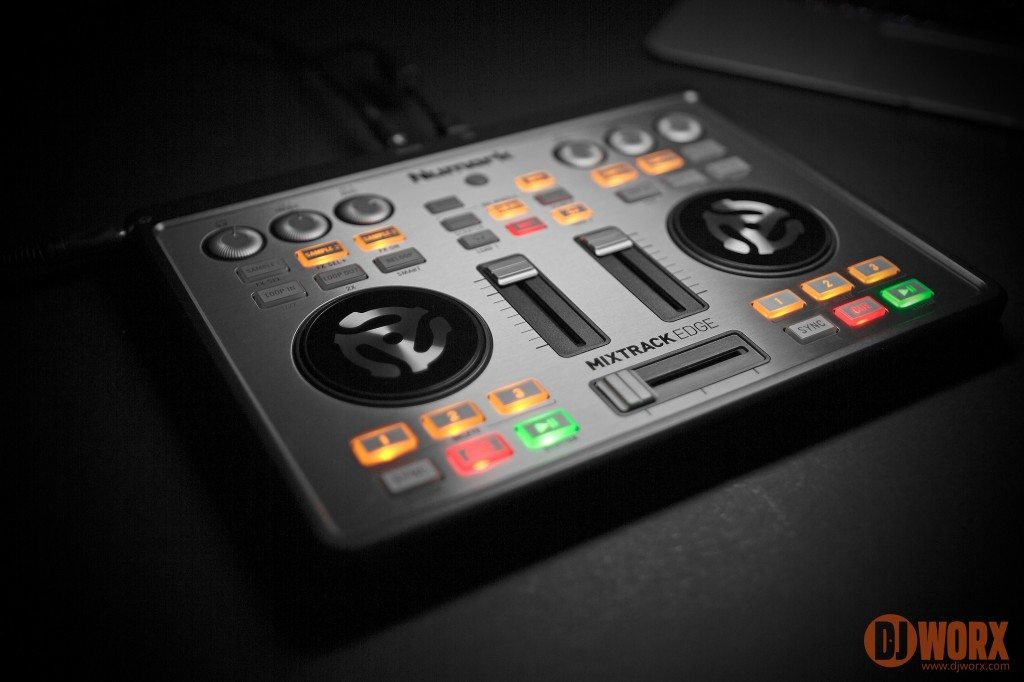 Numark Mixtrack Edge DJ Controller review (12)