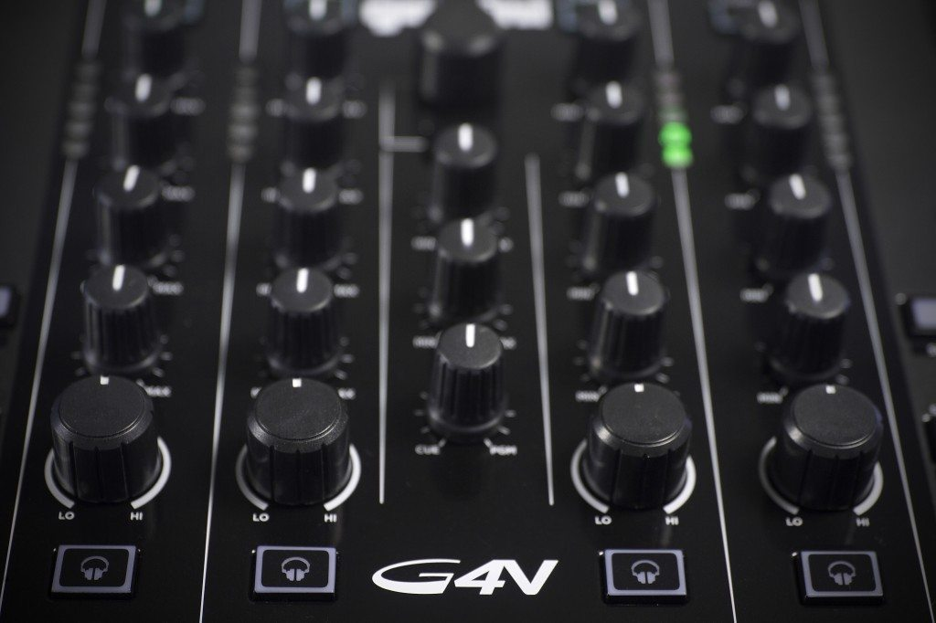 Gemini G4V 4 channel DJ controller review (2)