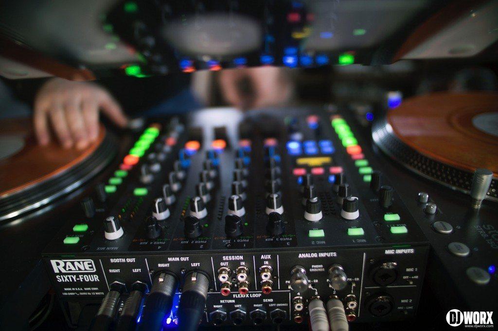 Rane Sixty Four Serato DJ Review (10)