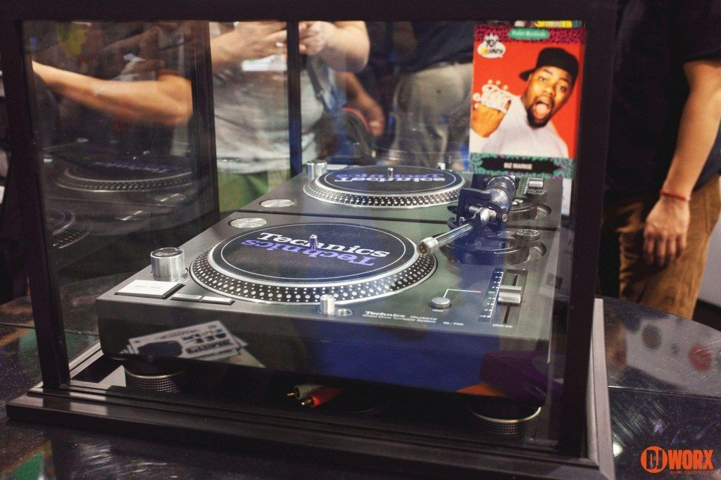 Technics SL-700 turntable Biz Markie