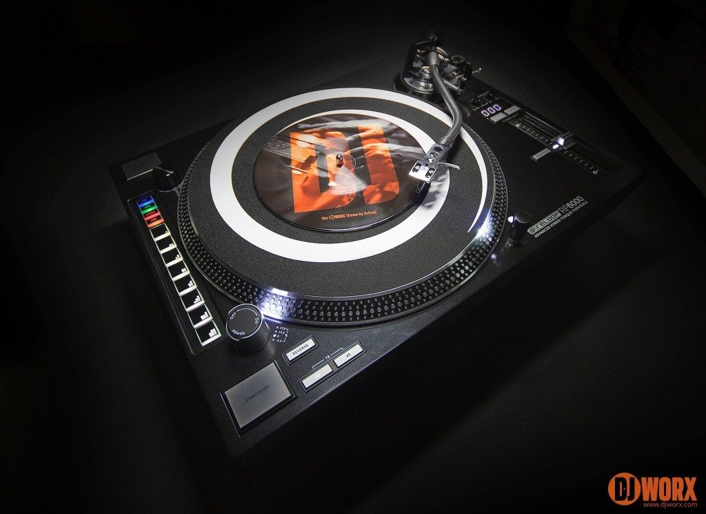 Reloop RP-8000 RP-7000 MIDI DJ Turntable review (17)