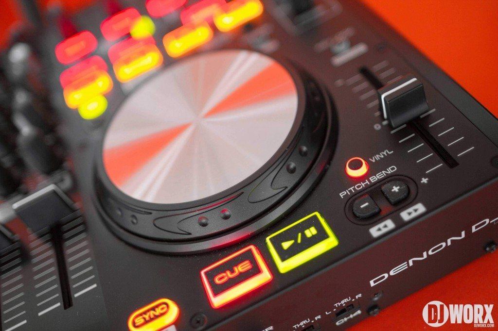 Denon DJ MC6000 mk2 MC6000mk2 Controller Serato DJ Intro Review (16)
