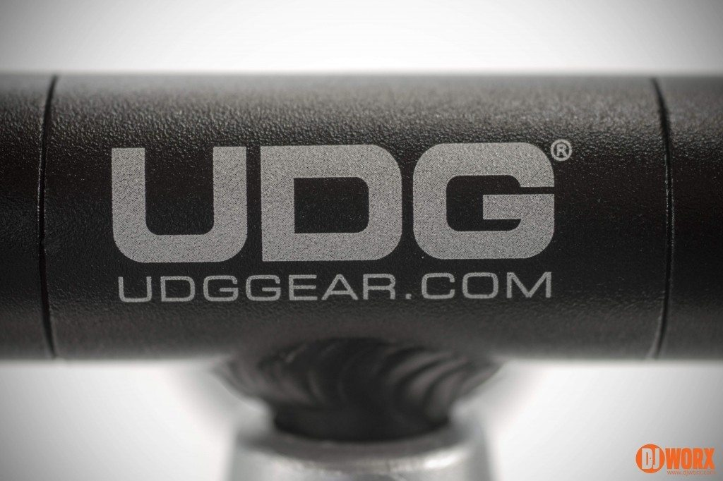 UDG Creator DJ laptop stand review (20)