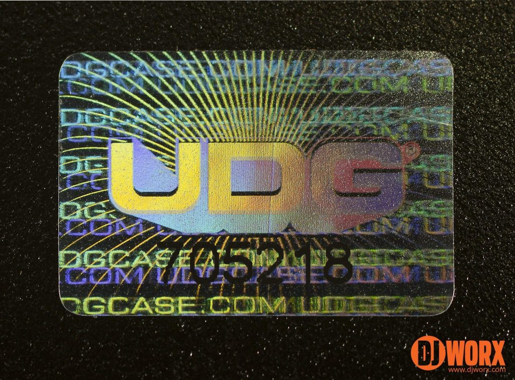 UDG Creator DJ laptop stand review (7)