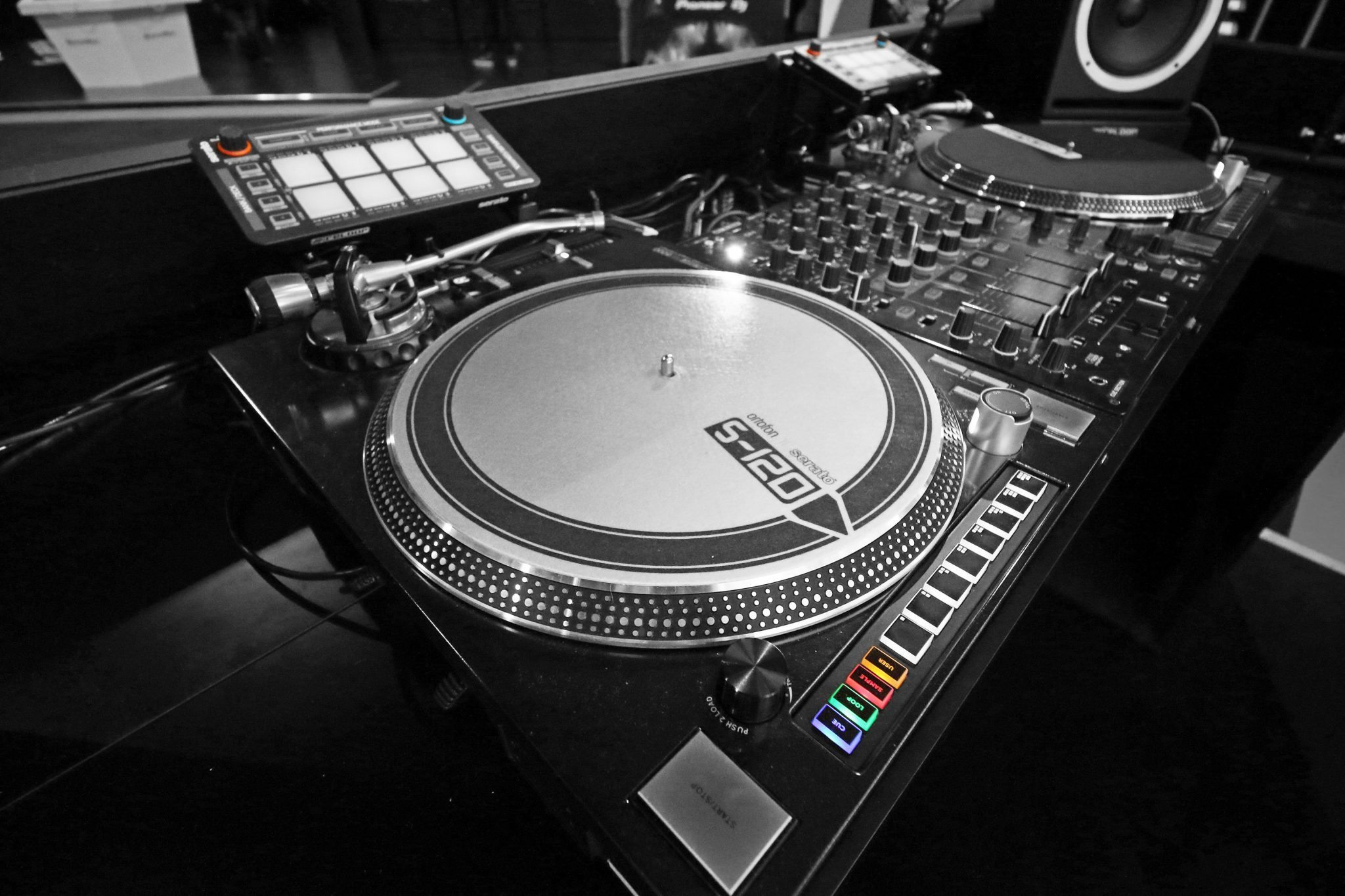 Reloop RP-8000 Seato DJ turntable
